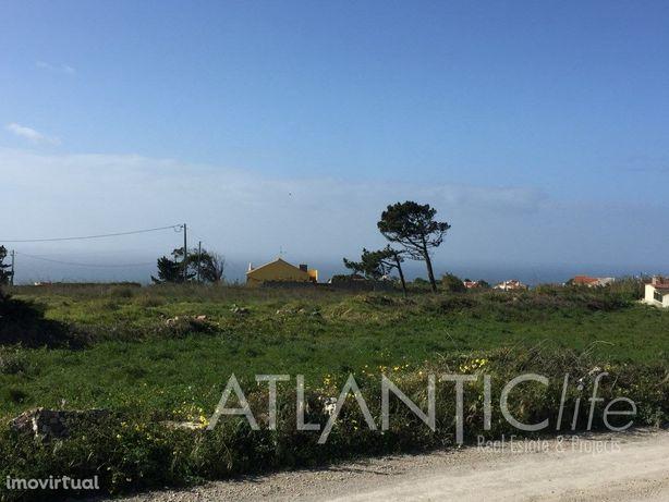 Terreno para Construção com Vista de Mar em Azóia - Colar...