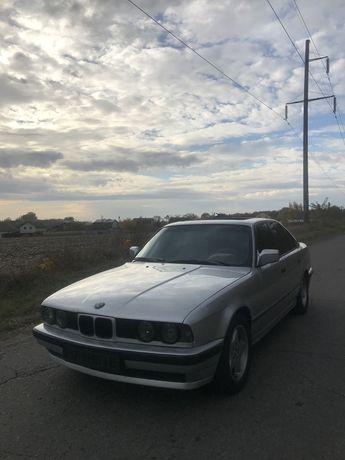 BMW E34 3.0 обьем m30b30