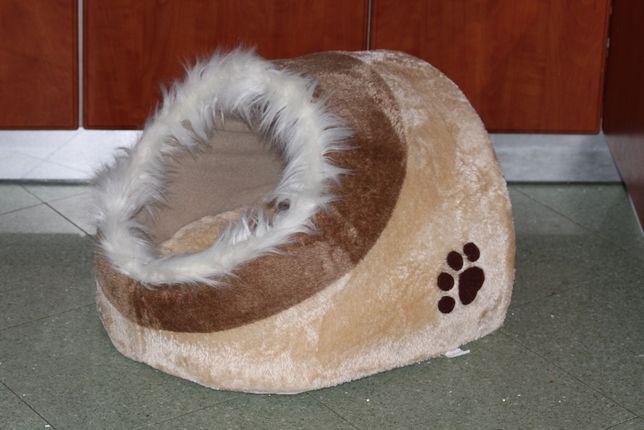 Budka, jaskinia dla kota Trixie minou XXL