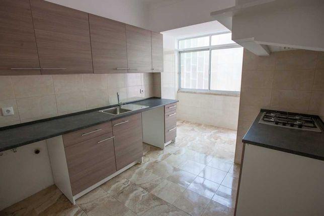 Casa/Apartamento T2 (2/3 Quartos) em Lisboa perto de Universidades