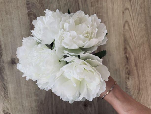 Sztuczne kwiatki biale bukiet