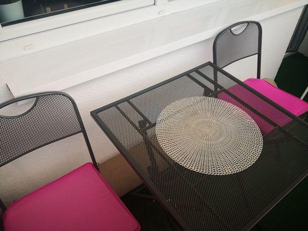 Komplet mebli metalowych na balkon