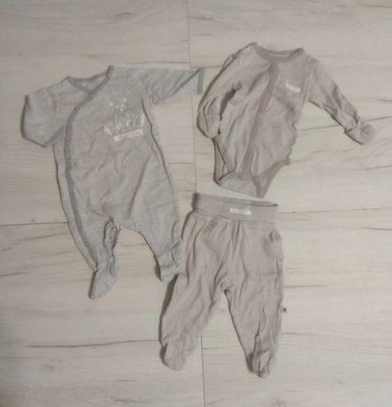 Набор одежды на малыша 0-3 мес
