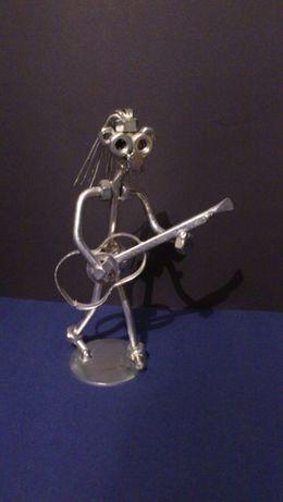 Rzeźba metaloplastyka Gitarzysta Günter Scholz Hinz & Kunz Design
