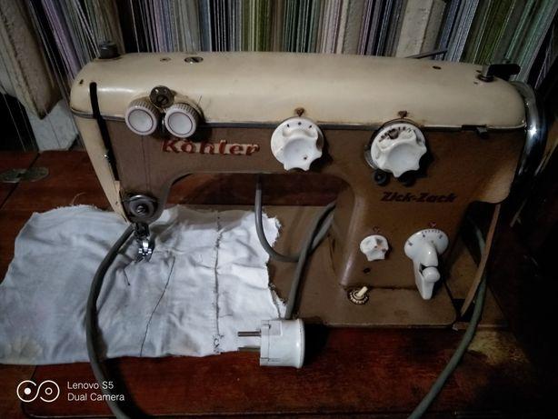 Очень срочно продам швейную машинку