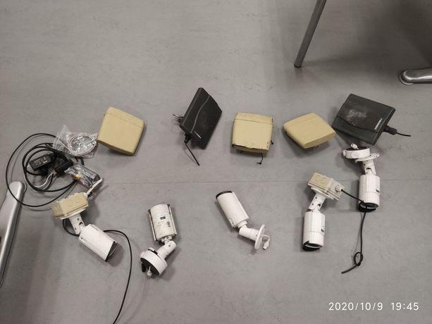 Zestaw kamer wraz z nadajnikami radiowymi