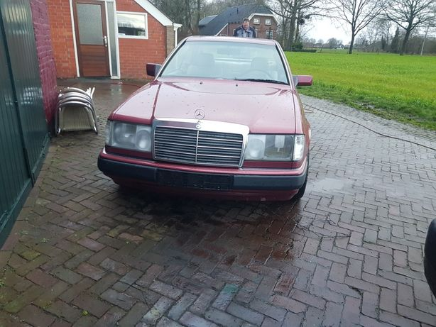 sprzedam mercedesa w124 coupe