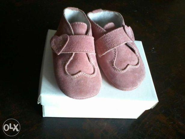 Sapatos rosa. Tam 17/18 como novos