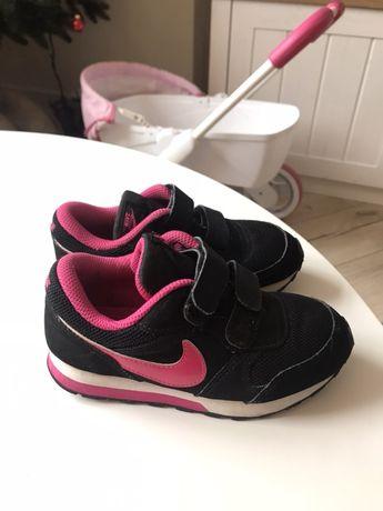 Кроссовки Nike на липучке