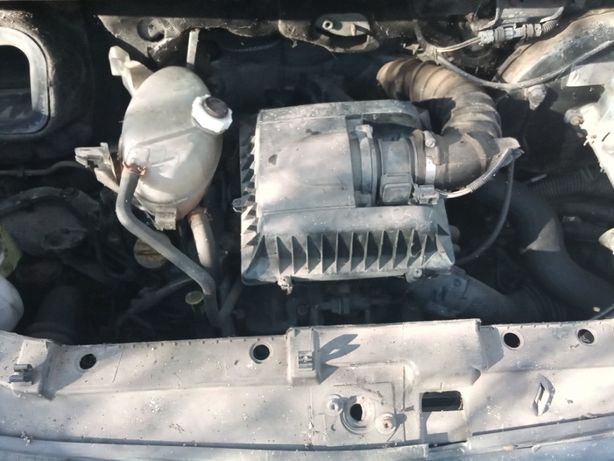 Silnik Renault Master 2,5 dci