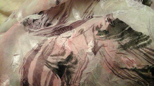 Tkanina różowo-fioletowa