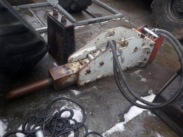 Młot Hydrauliczny do koparki Huppi 302 orginał Japan 350 kg.