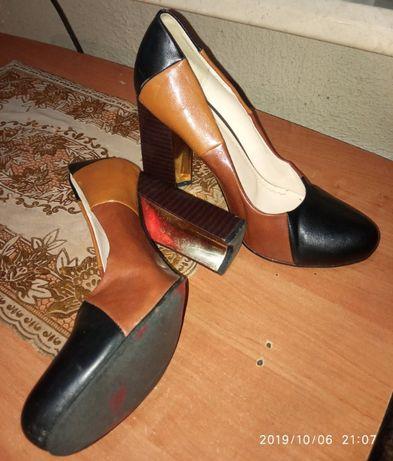 Бомбезні лабутени 39-40 розм. Туфлі. Мешти. Туфли. Взуття.