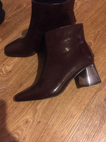 Ботиночки Reserved