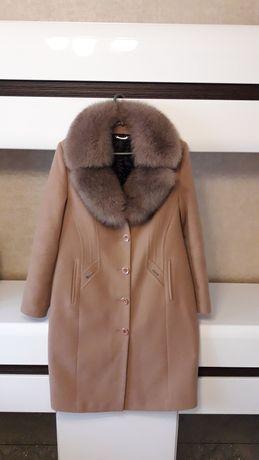 Зимове кашемірове пальто з натуральним хутром