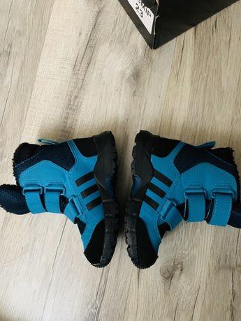 Зимние сапоги adidas