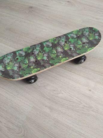 Продам детский скейт в идеальном состоянии