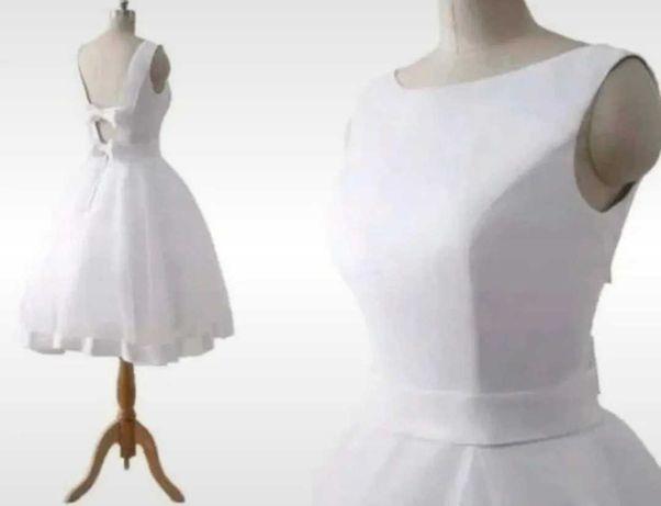 Suknia elegancka 36-38 rozmiar. Gratis biżuteria