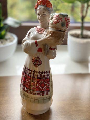 Figurka , karafka, porcelana