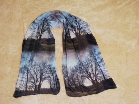 Reserved szal chusta jesienny pejzaż jak nowy