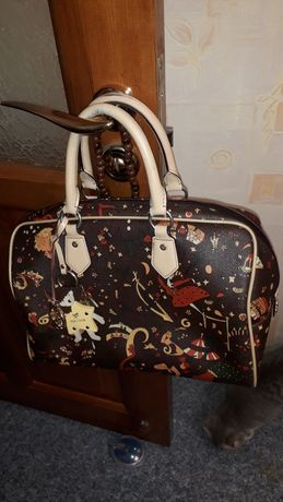 Продам женскую сумку