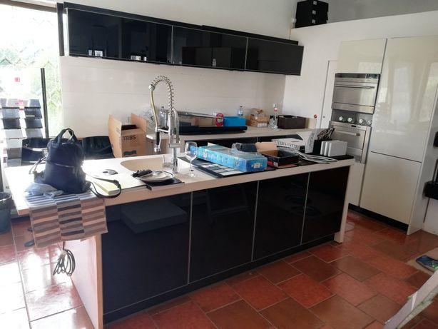 Cozinha Armários e Bancada - Urgente