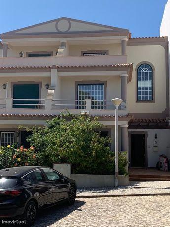 Algarve - moradia com três quartos