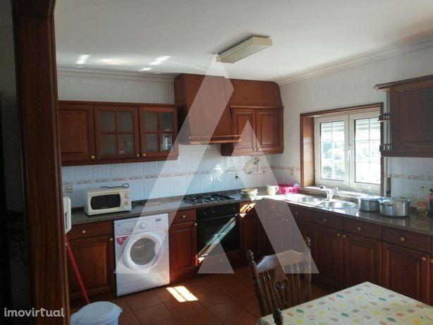 Apartamento T3 mobilado em Cacia!