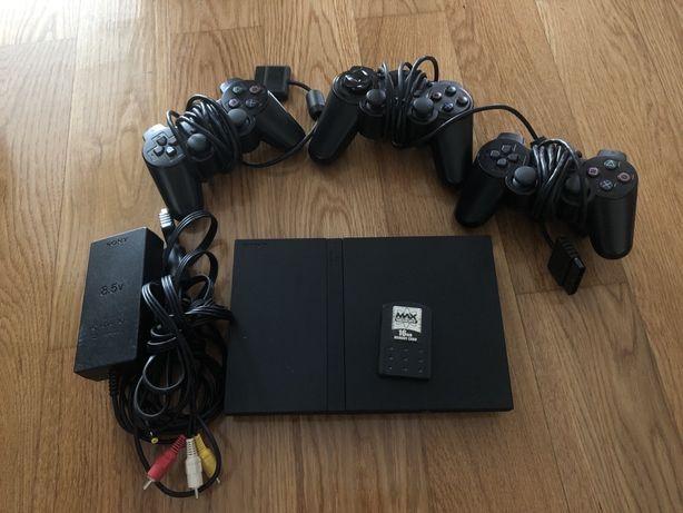 Playstation 2 com cartao memoria 16MB e 3 comandos
