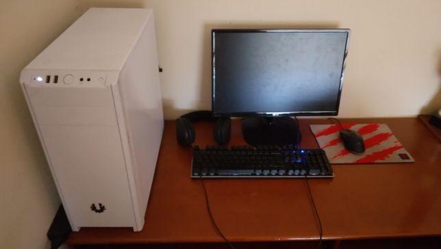 Vendo setup pc gaming