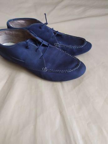 Офигенные замш.кроссовки,туфли 40-р.