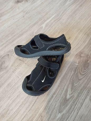 Sandały Nike w bardzo dobrym stanie