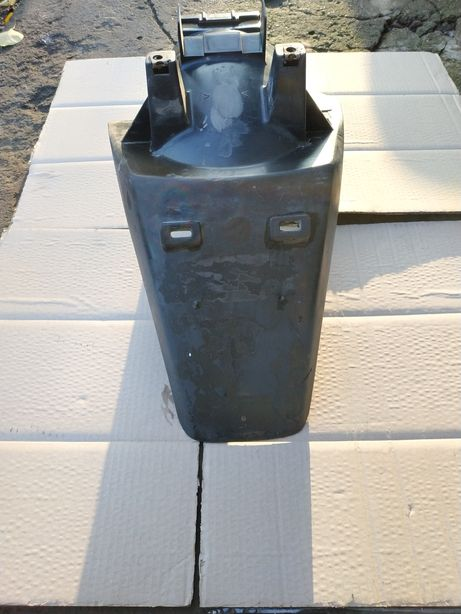 Пластик хвост брызговик Yamaha Gear