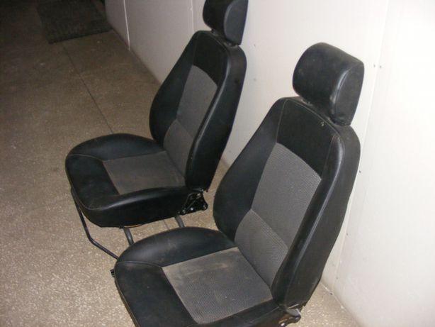 aixam City 2011-16 fotele. Elementy wnętrza.