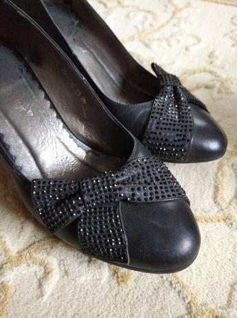 Туфлі  33 розмір