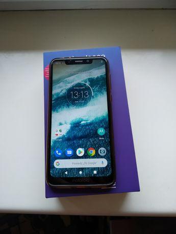 Motorola one  Zestaw Biała Zadbana Komplet 4/64 GB Okazja