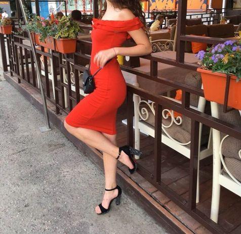 Продам Красное Платье Zara