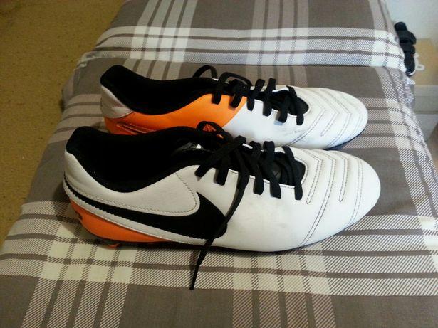 Korki Nike 40r.