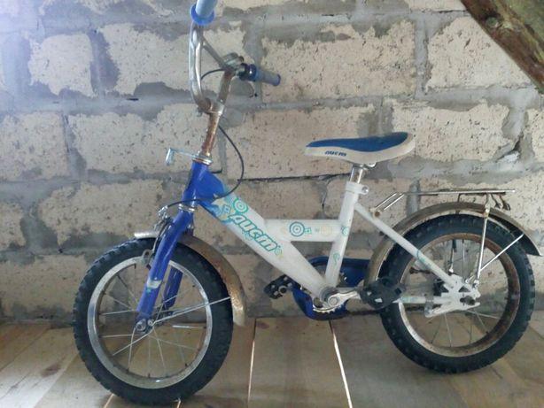 Дитячий велосипед аист