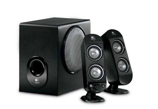 Sistema de som LOGITECH X230 em muito bom estado