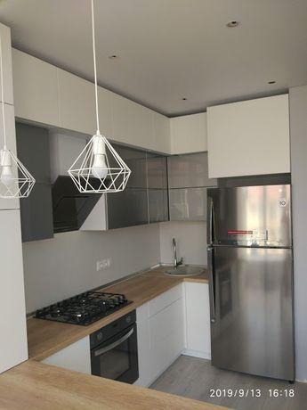 Кухни, шкафы-купе, гостиные, прихожие.