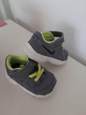 Nike 19,5 buciki unisex 10cm