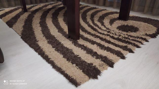 Carpete 2.30 por 1.60
