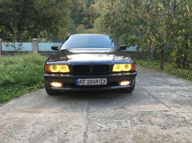 Продам ВMW 730