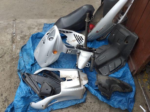 Części Malaguti F12 50cm3 2004r