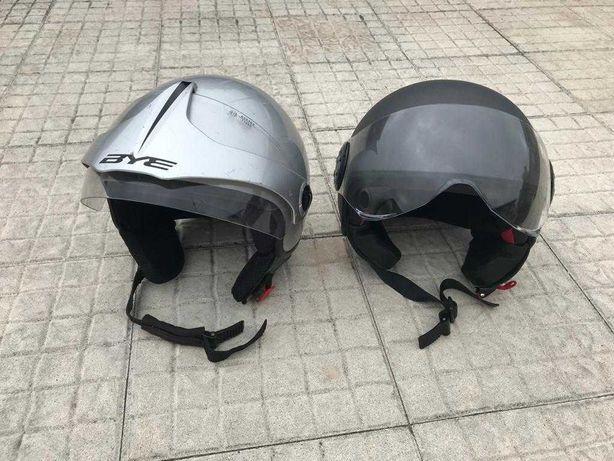 2 Capacetes Moto