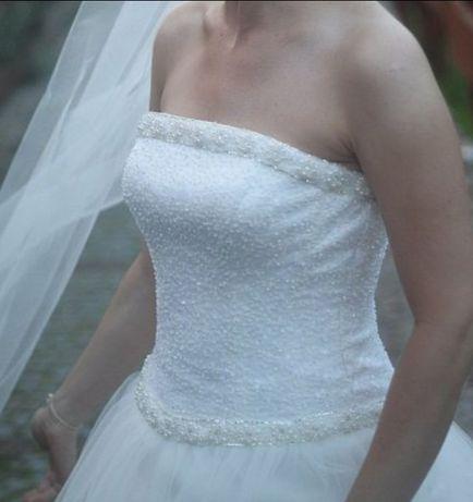 Suknia ślubna AGNES 10229