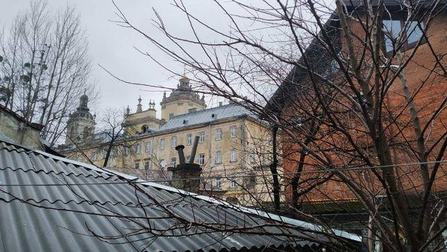 Прродаж 2к квартири (частина будинку) по вул. Озаркевича