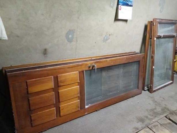 Sprzedam drewniane okna skrzynkowe