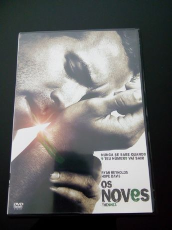 "DVD - ""Os Noves"" com Ryan Reynolds"